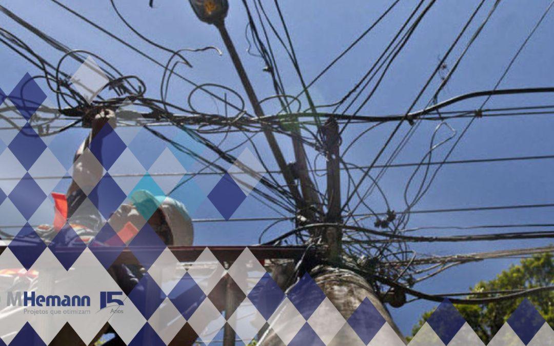 Cabos clandestinos serão removidos de postes da Eletropaulo